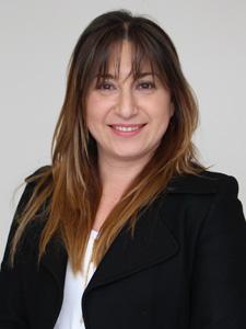 Carolina Córdova : Analista Financiero