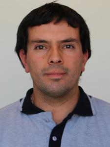 Juan Carlos Velásquez : Asistente de laboratorios