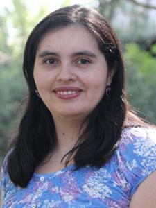 Regina López : Jefe de administración de proyectos de investigación