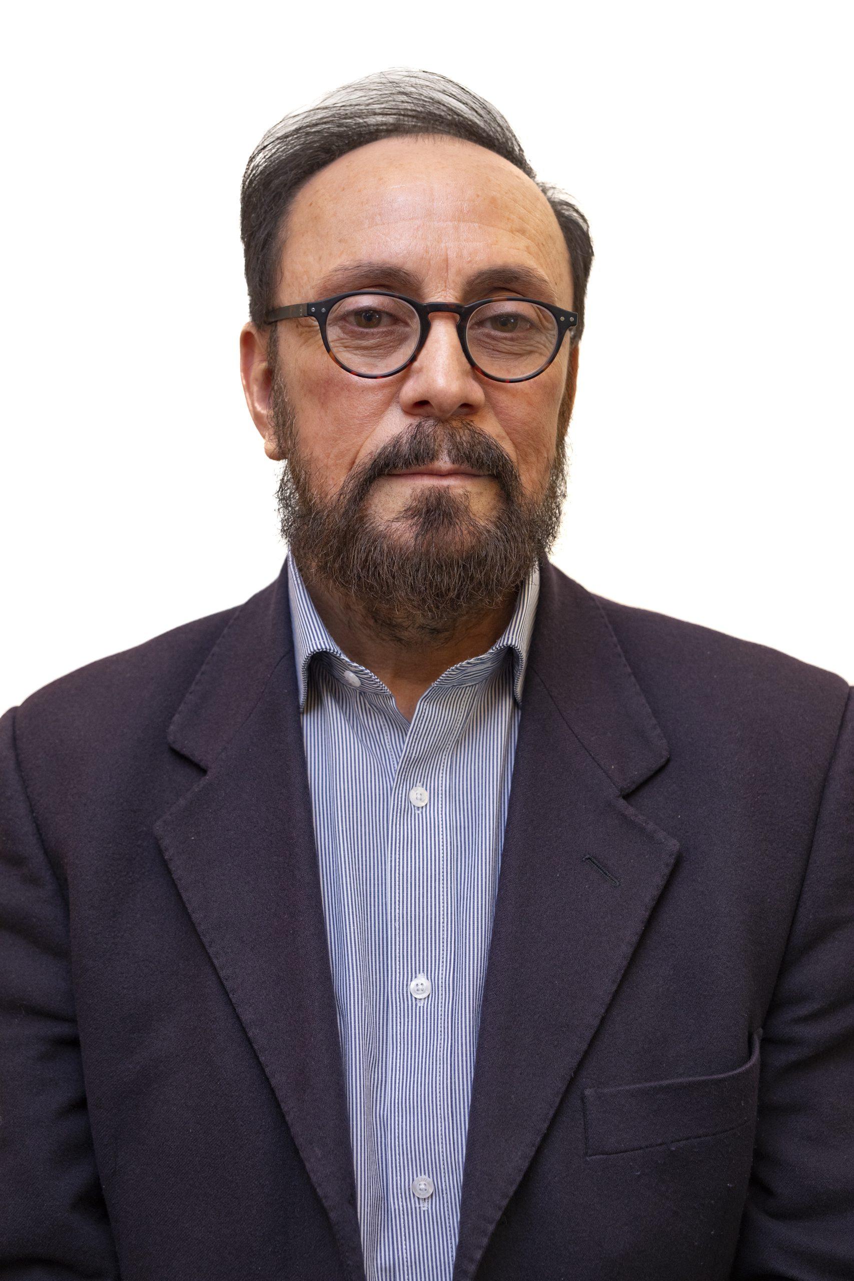 Carlos Montes : Administrador Complejo Luksic